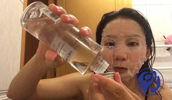 Cách dùng nước hoa hồng Muji