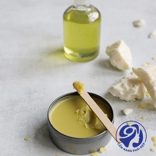 Những tiêu chí lựa chọn kem dưỡng ẩm cho da mụn