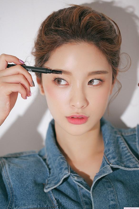 Mascara - Điểm danh 10 sản phẩm đang được ưa chuộng nhất hiện nay