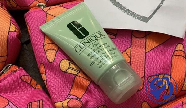 Clinique 7 Day Scrub Cream Rinse – Off Formula